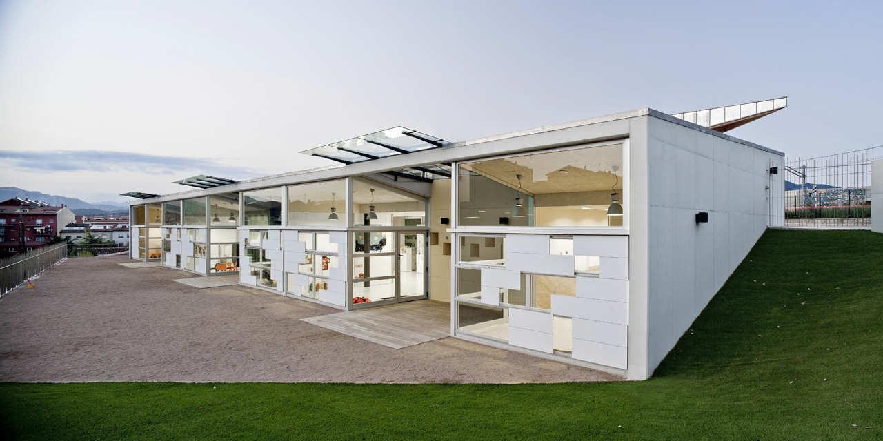 La Cabanya Nursery / Sau Taller d'Arquitectura + Lluís Jordà Sala, © Adrià Goula