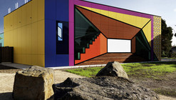 Avondale Heights Library and Learning Centre / H2o architects