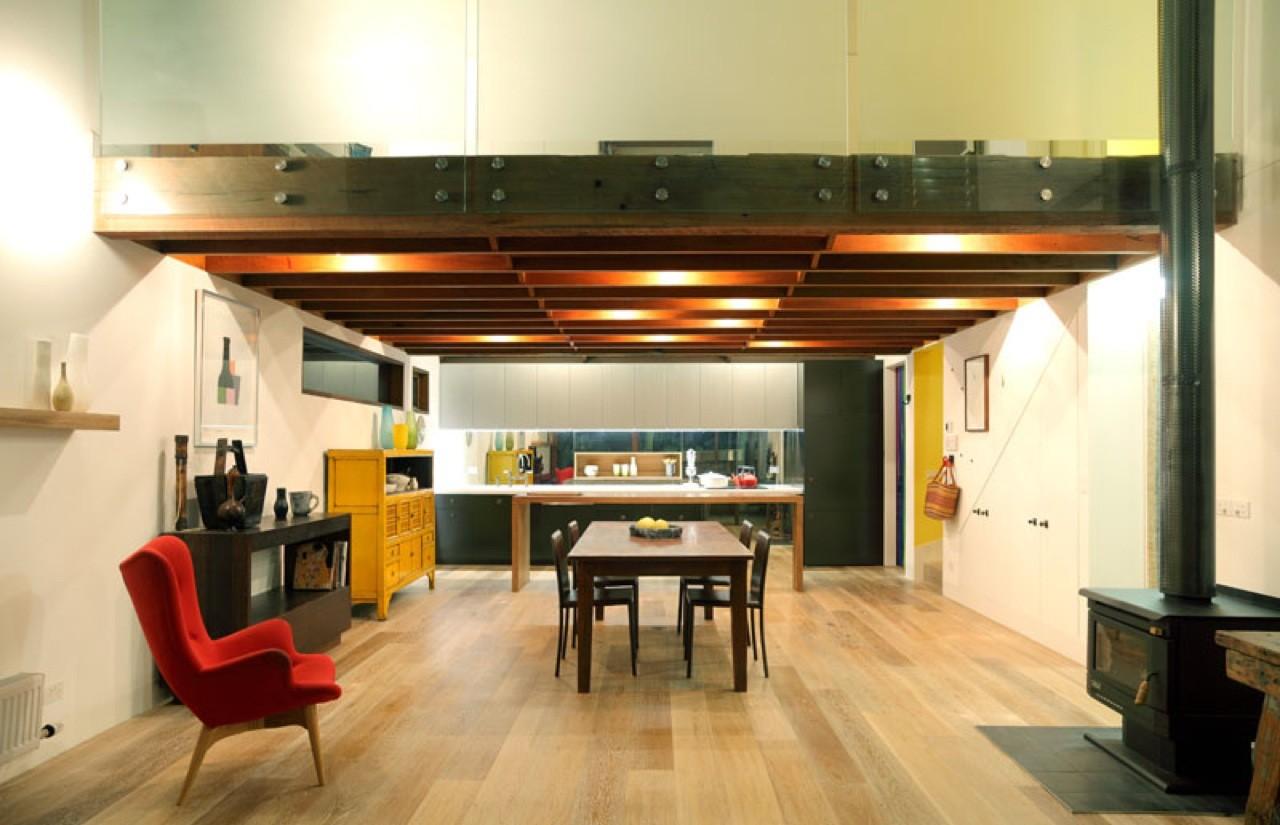 Orange Grove House / Fiona Winzar Architects, © Shania Shegedyn