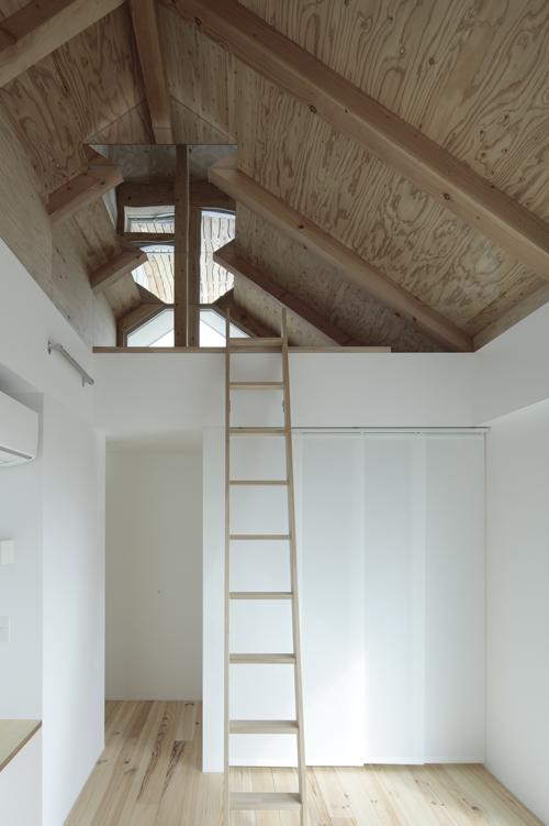 Shakujii Y House / Ikeda Yukie Ono Toshiharu Architects, © Koichi Torimura