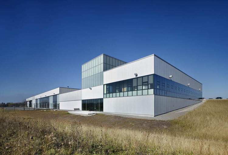 Newmarket Operations Centre / RDH Architects, © Tom Arban