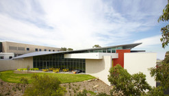 Science Innovation Learning Centre / Swanbury Penglase