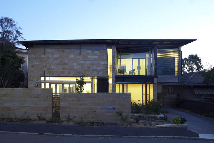 Glen Osmond House / Swanbury Penglase, © David Russell
