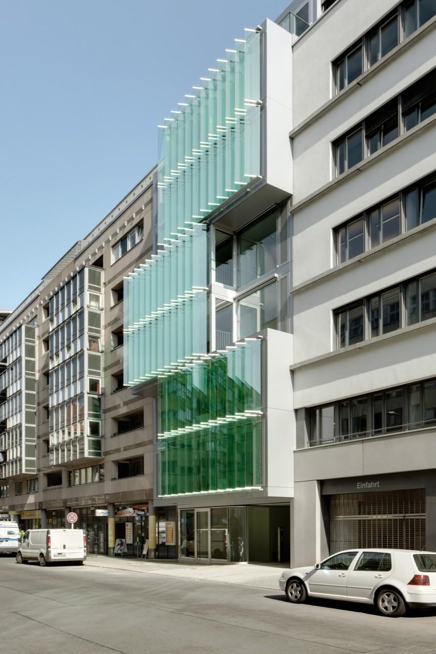 Friedrichstrasse 40 Office Building / Petersen Architekten, © Jan Bitter