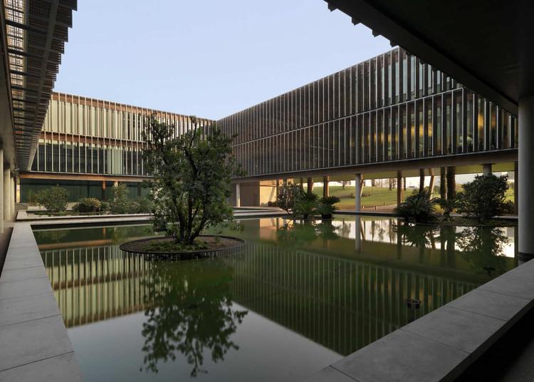 Diesel headquarters studio ricatti archdaily for Sede diesel breganze