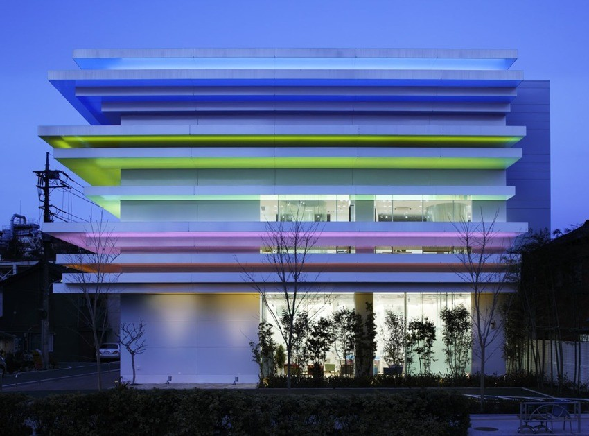 Gallery of sugamo shinkin bank shimura branch for Bank designs architecture
