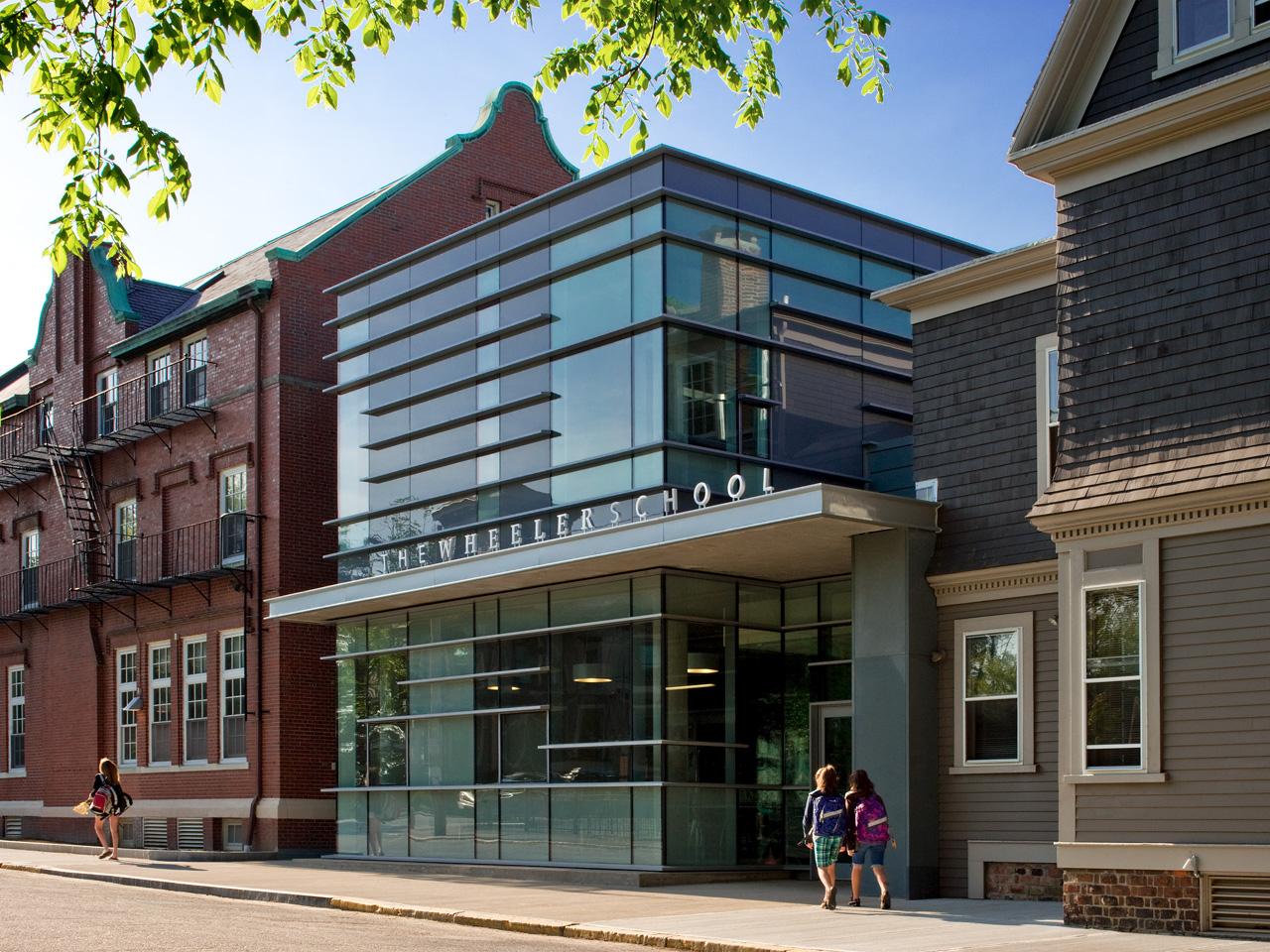 The Wheeler School Nulman Lewis Student Center / Ann Beha Architects, © David Lamb Photography