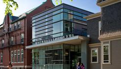 The Wheeler School Nulman Lewis Student Center / Ann Beha Architects