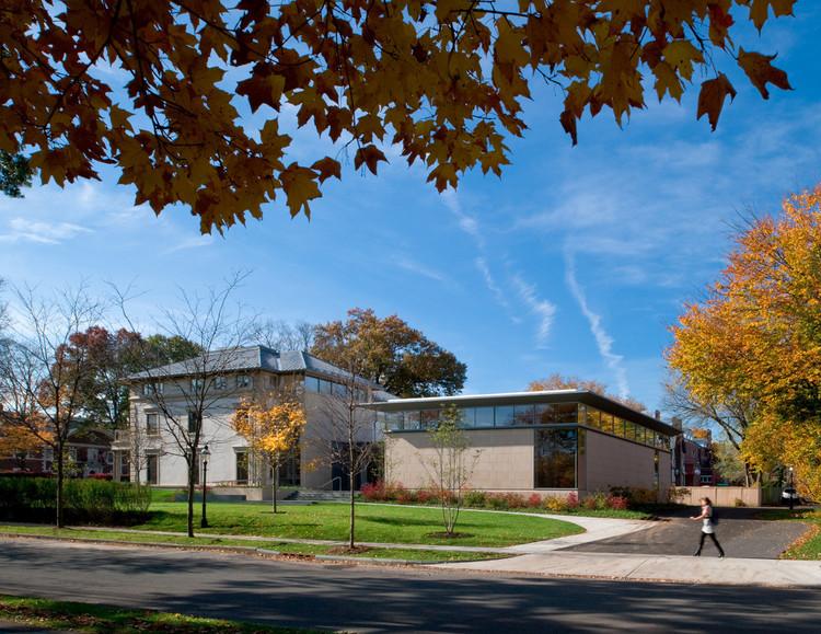 Princeton University Carl A. Fields Center / Ann Beha Architects, © David Lamb Photography