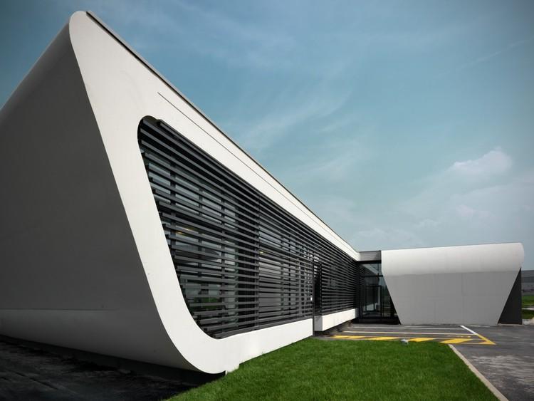 Gazoline Petrol Station / Damilano Studio Architects, © Andrea Martiradonna