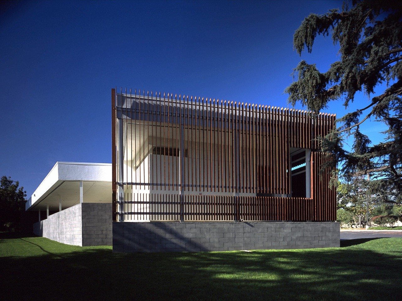 The Ruth and Charles Gilb Arcadia Historical Museum / Sparano + Mooney Architecture, © John Edward Linden