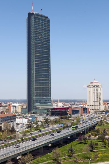 Istanbul Sapphire / Tabanlioglu Architects