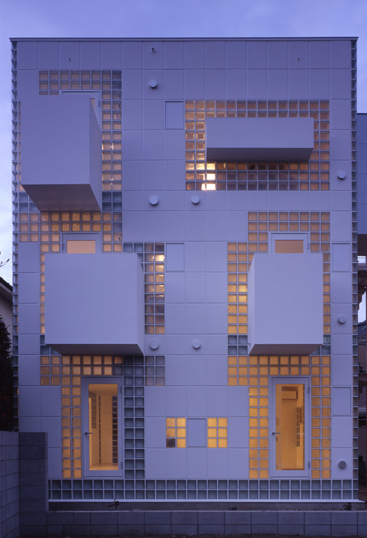 Twin Bricks / Atelier Tekuto, © Makoto Yoshida