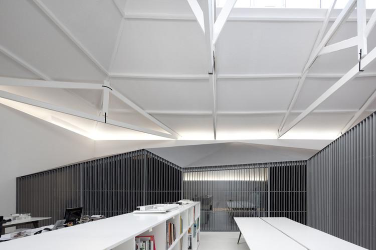 Architect's Office In Matosinhos / Nuno Sampaio Arquitetos, © Fernando Guerra |  FG+SG