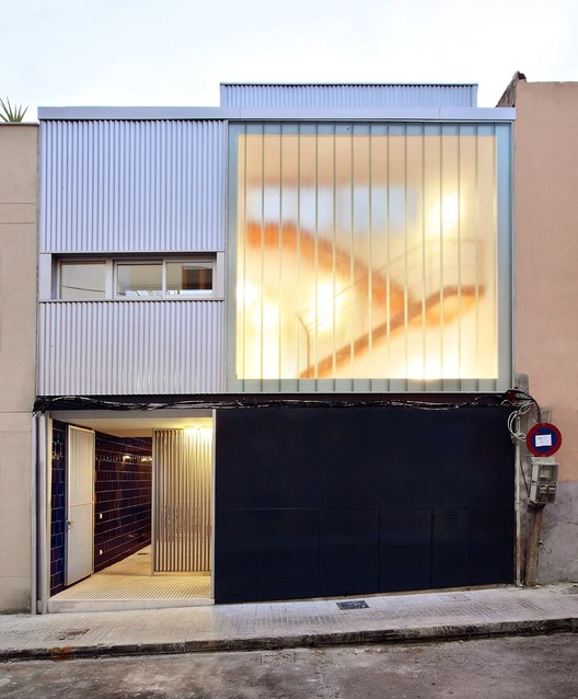 Two Apartments / FLEXO Arquitectura, © José Hevia Blach