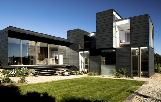 Courtesy of  moure rivera arquitectos