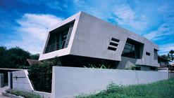 Equilibrium House / VaSLab Architecture