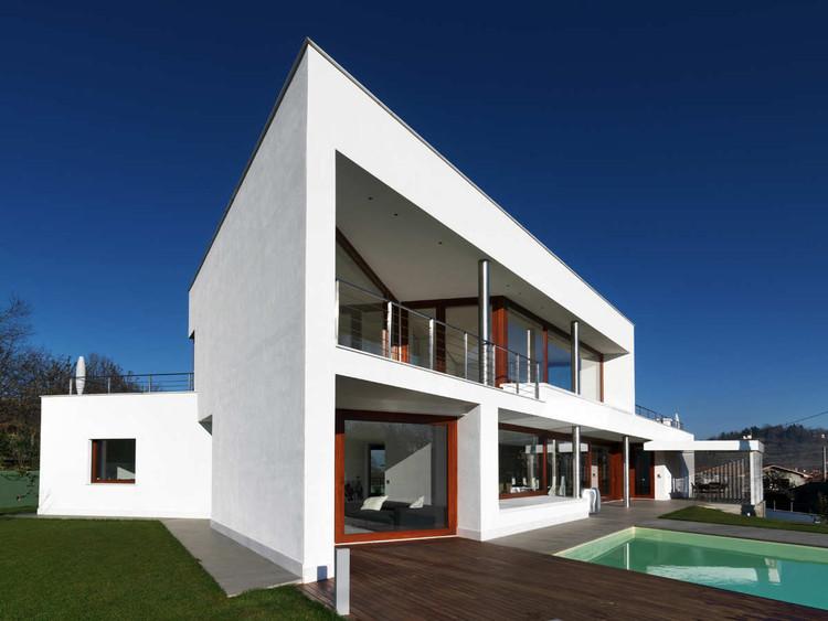 Awesome B House / Damilano Studio Architects, © Andrea Martiradonna Good Ideas