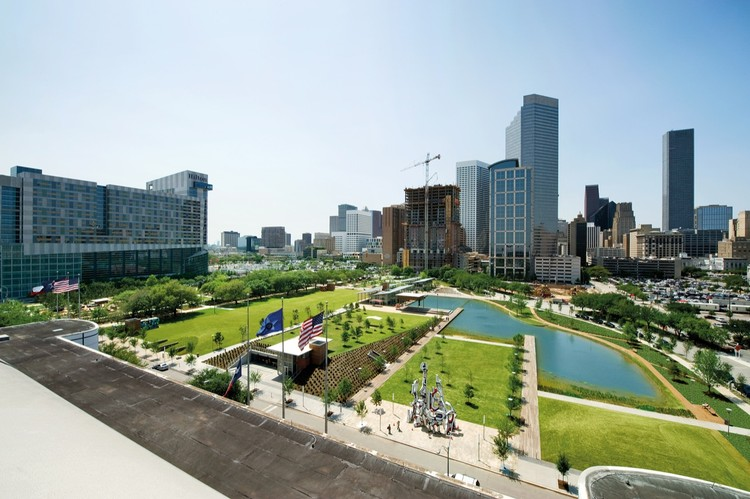 Discovery Green / Hargreaves Associates, Courtesy of  hargreaves associates
