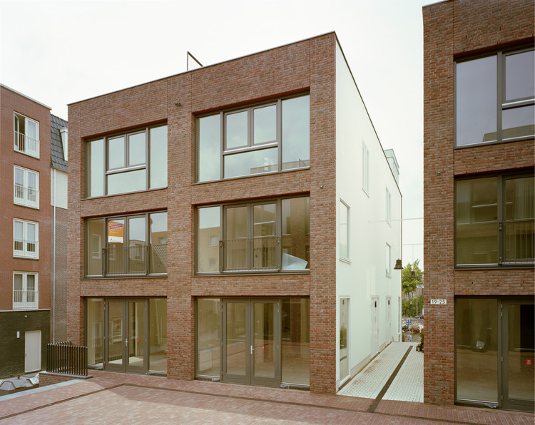 Rotterdam Historic Housing Project / Sputnik, © Rubén Dario Kleimeer
