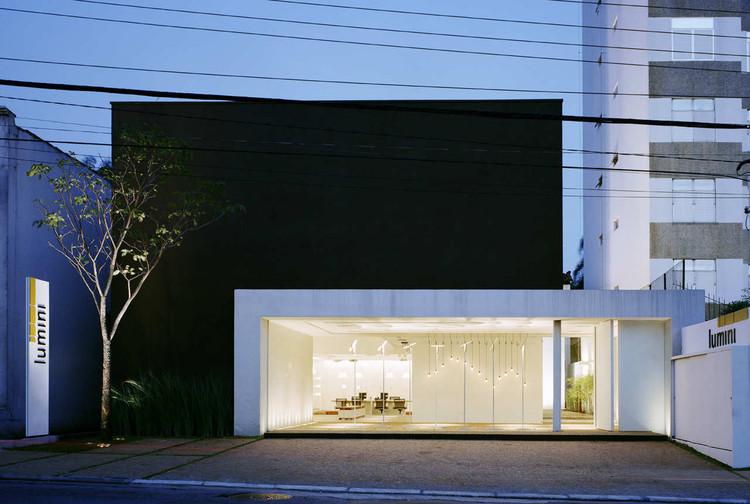 Lumini Shop / Rocco, Vidal + arquitetos, ©  Nelson Kon