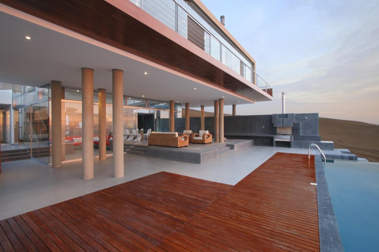 Beach House Q / Longhi Architects