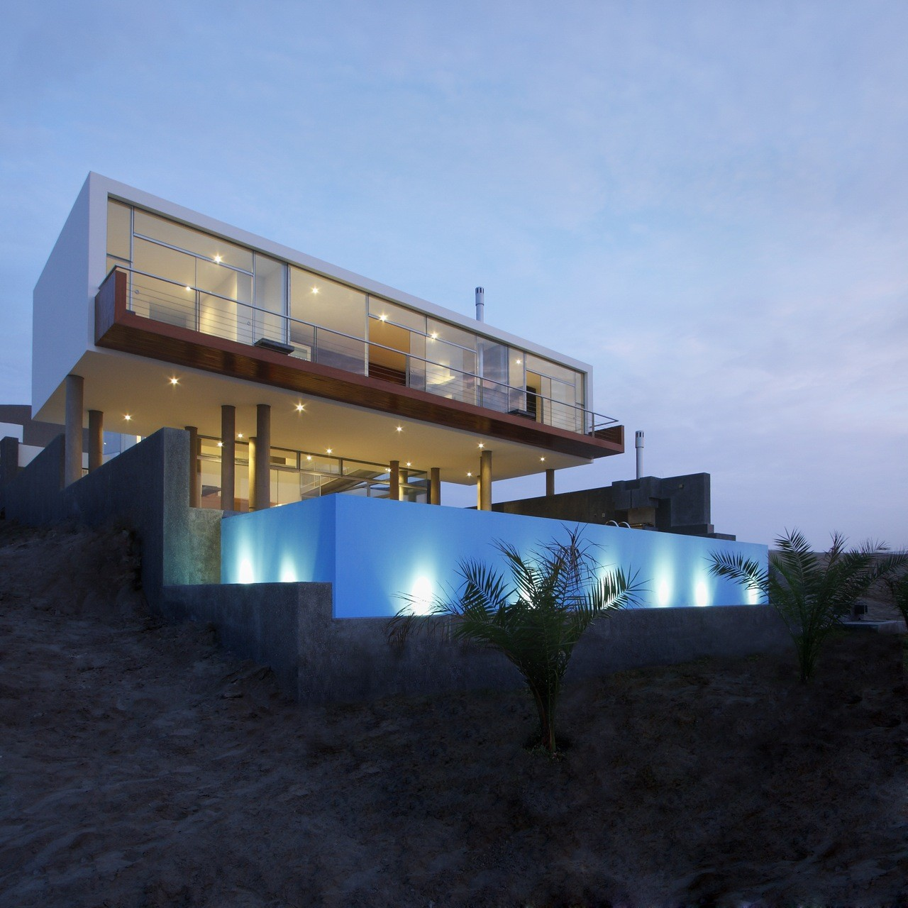 Beach House Q / Longhi Architects