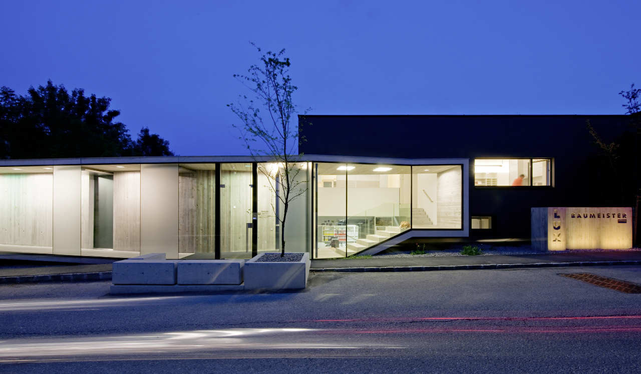 Office Conversion Luxbau Company / Synn Architekten, © Hertha Hurnaus