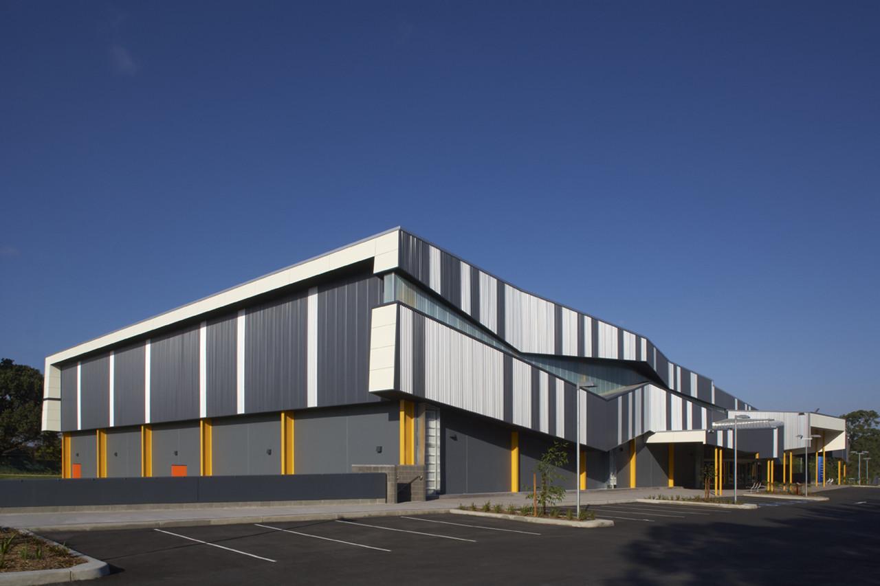 Morris Iemma Indoor Sports Center / McPhee Architects, © Sharrin Rees
