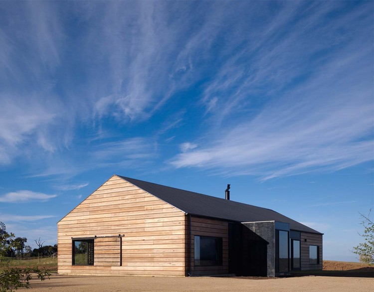 The Hill Plain House / Wolveridge Architects, Courtesy of Wolveridge Architects