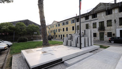 Monument of Alpini in Rossano Veneto / Devvy Comacchio