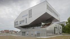 L'arbrisseau Neighborhood Centre / Colboc Franzen & Associés
