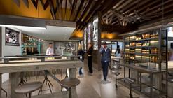 Manhattan Beach Post / SFJones Architects