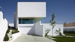 Single-Family House in Pedro Verde / Elisa Valero Arquitectura
