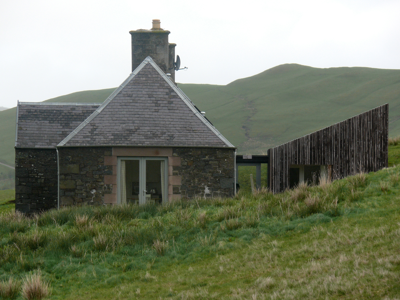 Ackling Cook Bothy / Reiach and Hall Architects, Courtesy of  reiach and hall architects