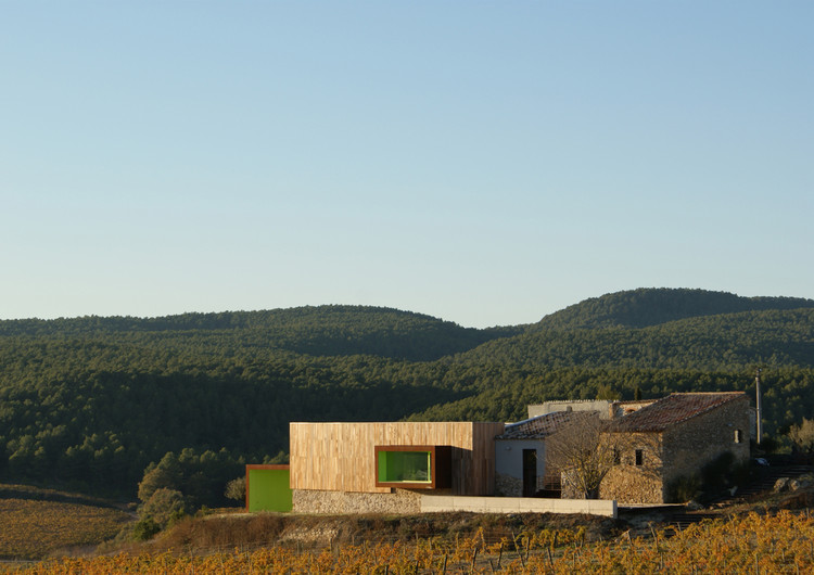 Spring in Pantone 375C, Mas Rodó Winery / SALA FERUSIC Architects, Courtesy of SALA FERUSIC Architects