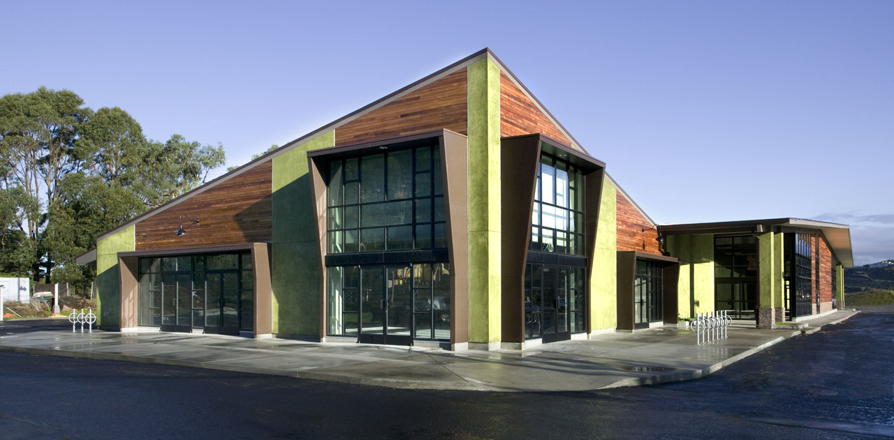 Pedro Point Shopping Center / Lowney Architecture, © Courtesy of Lowney Architecture