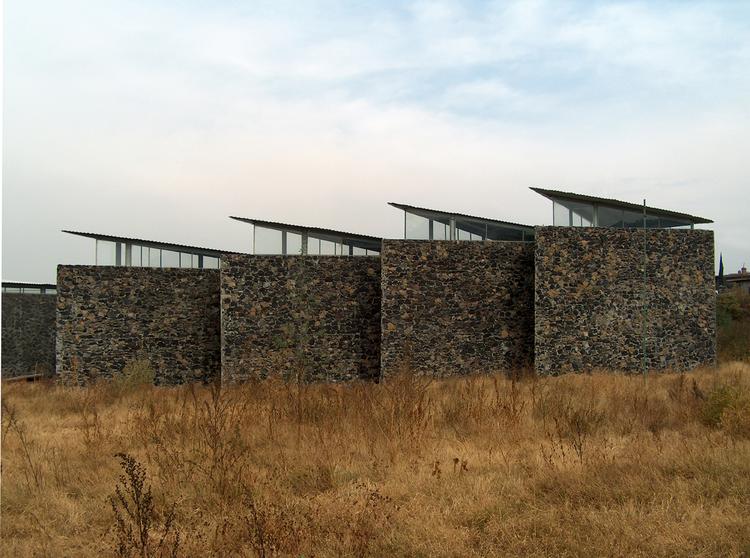 Campamento de Edificios Públicos / Taller de Arquitectura-Mauricio Rocha, Courtesy of Taller de Arquitectura – Mauricio Rocha
