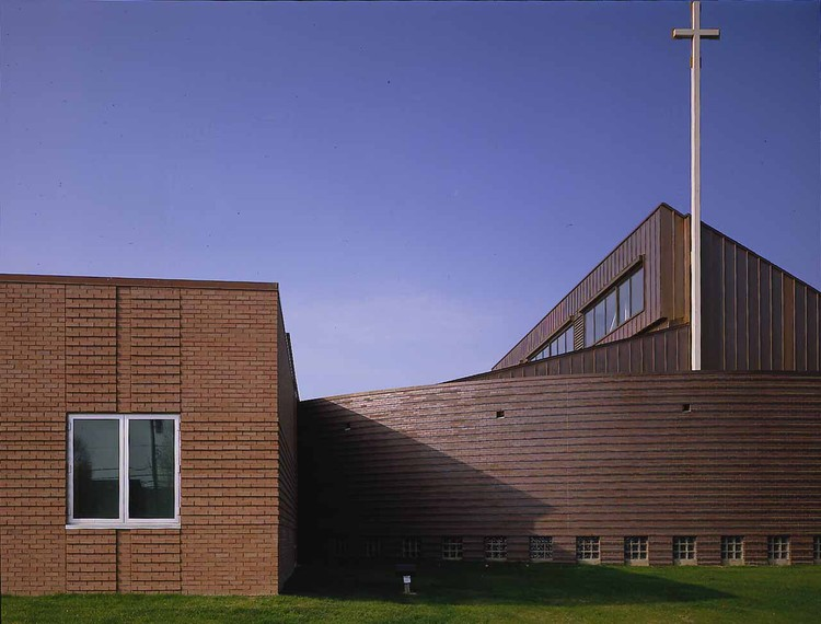 St. Elizabeth Ann Seton Catholic Church / Constantine George Pappas AIA Architecture/Planning, © Unknown photographer