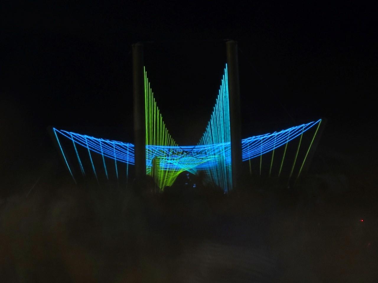 Luminous Passage / Predock Frane Architects, © Ian Thomas