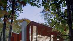 Jacobson Carriage House / Robert Gurney Architect