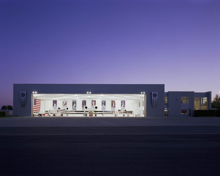 Nike Air Hangar / TVA Architects, © Rich Strode