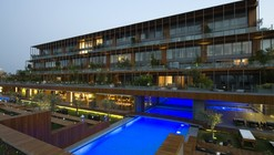 7800 Çeşme Residences and Hotel / Emre Arolat Architects