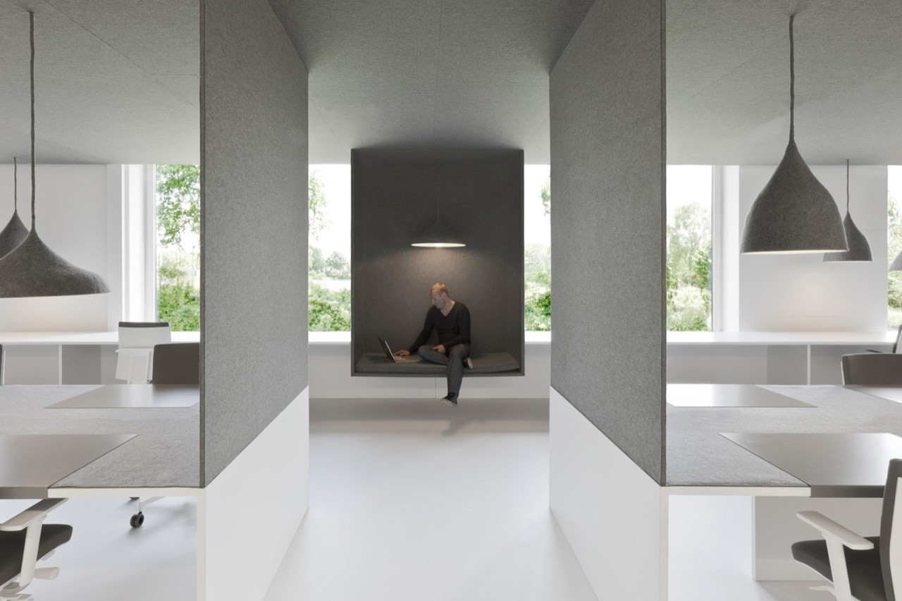 Office 04 i29 interior architects archdaily for Office design archdaily