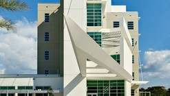 FAU College of Computer Science and Engineering Building / Leo A Daly
