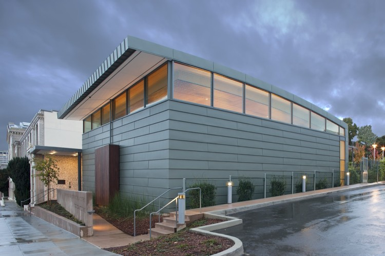 Temple Sinai / Mark Horton / Architecture + Michael Harris Architecture, © Ethan Kaplan Photography