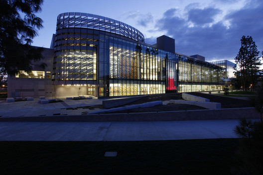 Henry Madden Library / AC Martin + Hillier Architecture