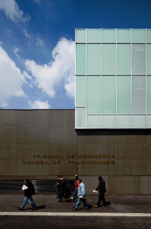Tribunal de commerce & conseil de prud'hommes / Ateliers 2/3/4/, © Fernando Guerra |  FG+SG