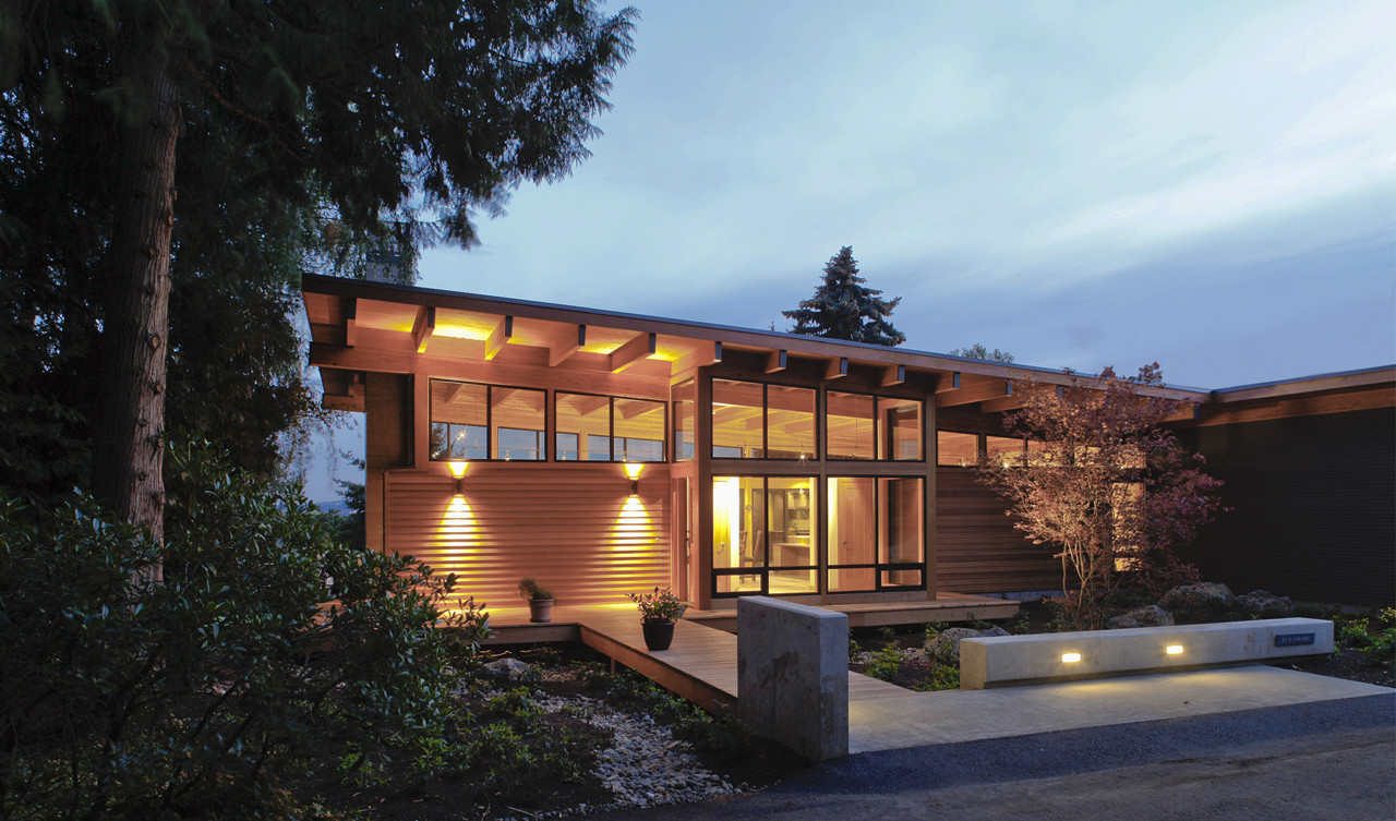 Hotchkiss Residence / Scott | Edwards Architects, © Peter Eckert