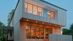 Cedar House / Omar Gandhi Architect